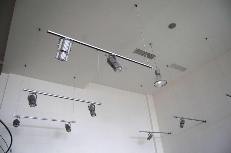 instalatii-electrice-showroom-2-2000x1330